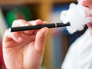 Электронные сигареты разрушают сердце не меньше обычных