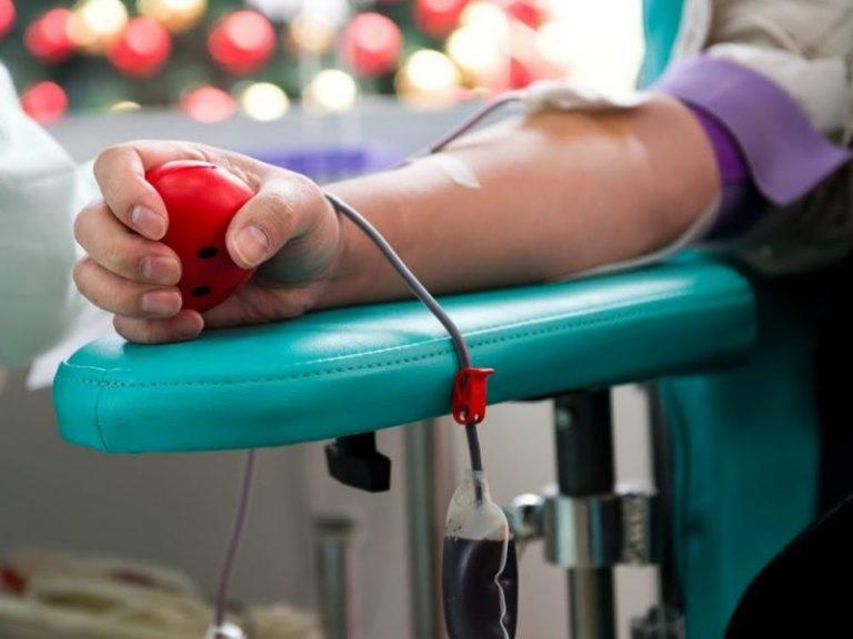 Большая часть донорской крови в США заражена