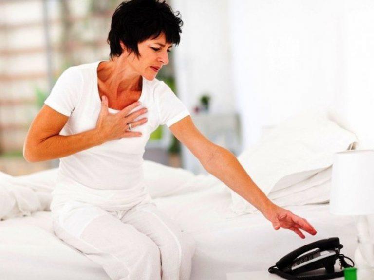 Сердечный приступ у женщин: 8 симптомов, которые важно знать