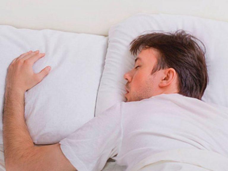 Определена продолжительность сна, резко повышающая риск сердечного приступа