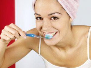 Чистка зубов трижды в день защищает от сердечной недостаточности