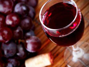 Ресвератрол, содержащийся в красном вине, показал эффективность против гипертонии