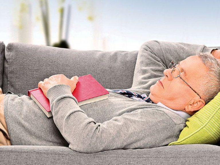 Немного сна. Назван простой способ избежать сердечного приступа