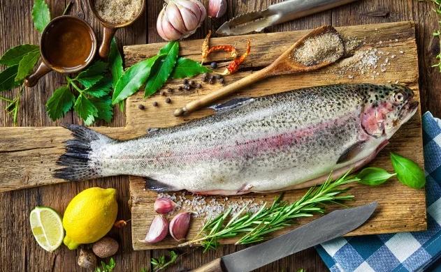 Жирная рыба снижает риск сердечно-сосудистых заболеваний