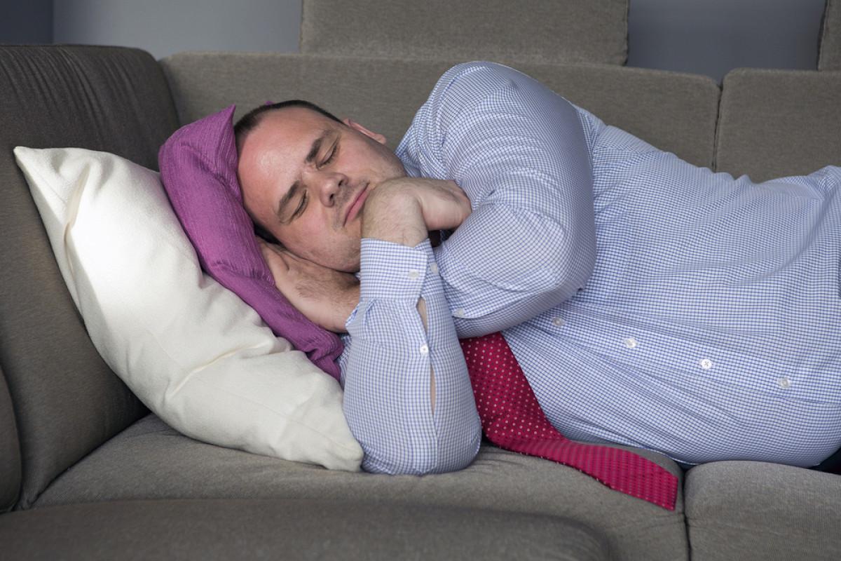 Как связаны дневной сон и сердечные приступы