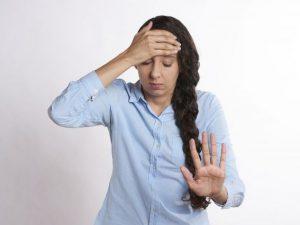 Почему некоторые продукты могут провоцировать головную боль