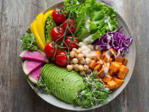 Веганская диета может быть полезна для сердца, если избегать фастфуда