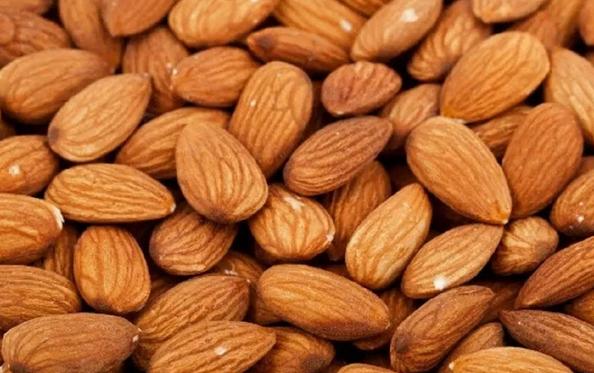 Назван самый полезный орех для здоровья сердца