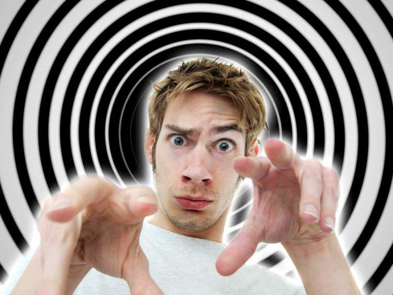 Все о гипнозе. Польза или вред?