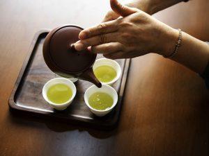 7 лучших напитков для снижения давления