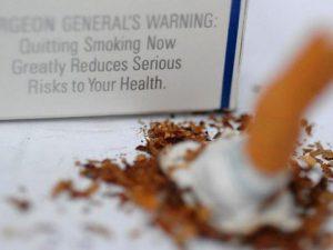 Отказ от курения снизил риск смерти от инфаркта среди молодых людей на 70%