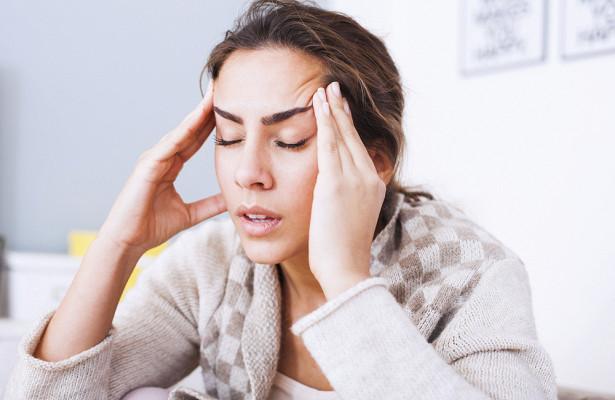 Невролог рассказал о лечении необычной головной боли