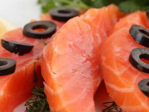Оливки и рыба защищают от болезней сердца