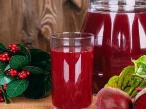 Назван самый полезный овощной сок для гипертоников