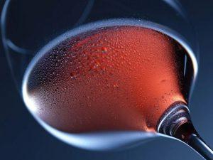 Кардиологом названа допустимая доза алкоголя на каждый день
