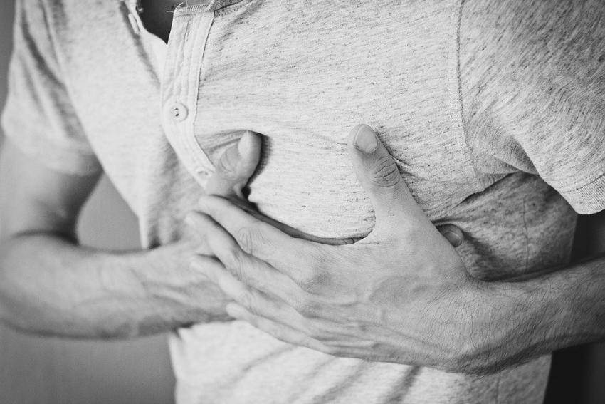 Британский профессор перечислил неожиданные признаки инфаркта