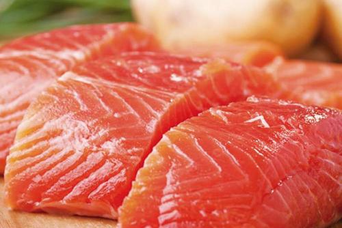 Жирная рыба однозначно полезная для сердечников