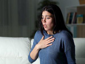 Эксперты связали сердечный приступ и симптомы панической атаки