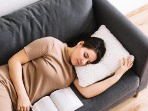 Спальные диваны: в чем их прелесть?