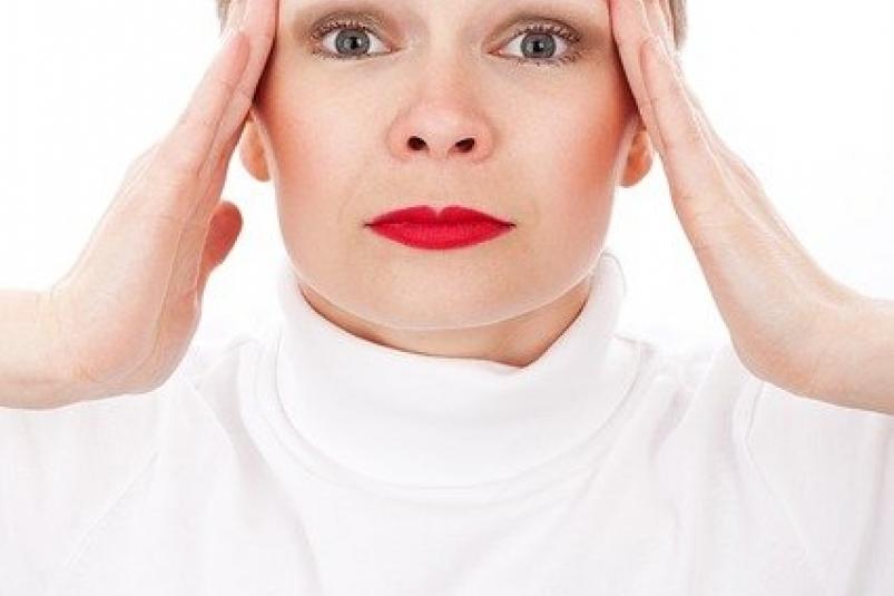 Названы способы избавиться от головной боли без таблеток