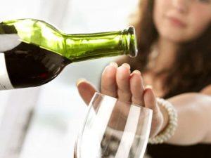 Полный отказ от алкоголя может стать одним из провокаторов инфаркта