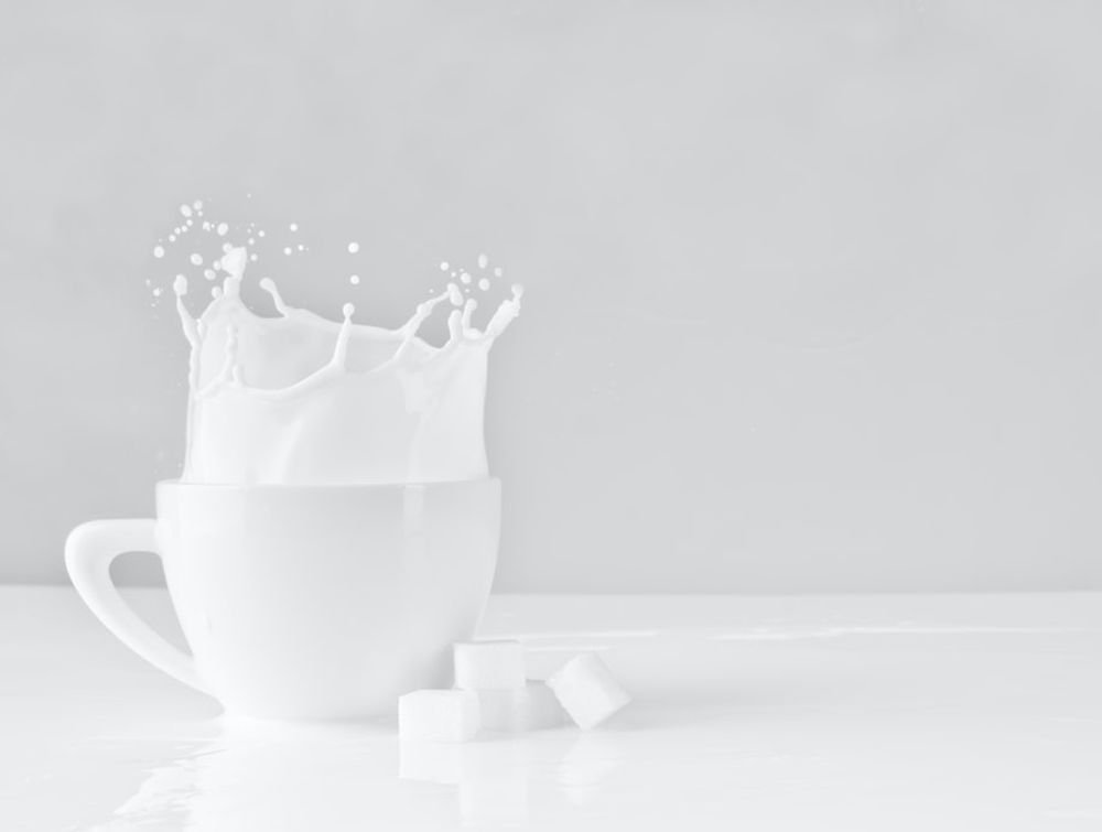 Стакан молока защищает от болезней сердца