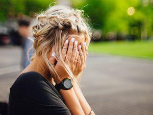 Врач назвал шесть самых опасных видов головной боли