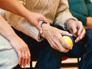 Названы способы борьбы с деменцией