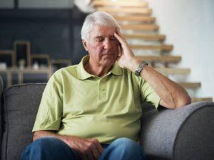 Кардиолог Ардашев назвал симптомы для срочного обращения к врачу