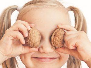 Орехи снижают плохой холестерин и предупреждают болезни сердца