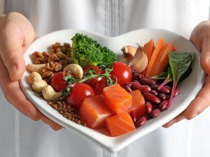 Названы продукты, которые положительно влияют на здоровье сердца